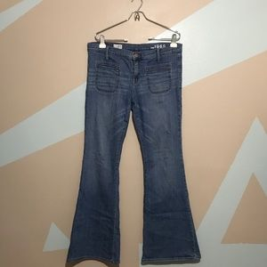 Gap 1969 Flare Bell Bottom Stretchy Jeans 31/12